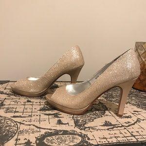Rose Gold shimmering pumps